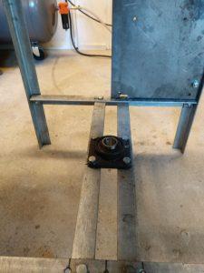 Onderste lagerblok en bevestigingsplaat voor de motor, nogmaals